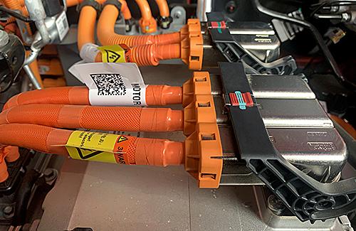 Elektrofachkraft für Arbeiten an HV-Systemen (Werkstattpersonal) Stufe 3a – Arbeiten unter Spannung