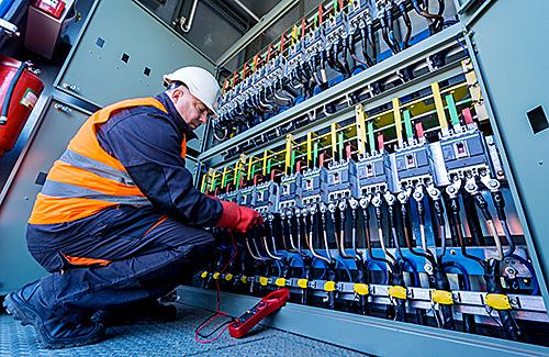 Fortbildungslehrgang: Neues Wissen für verantwortliche Elektrofachkräfte