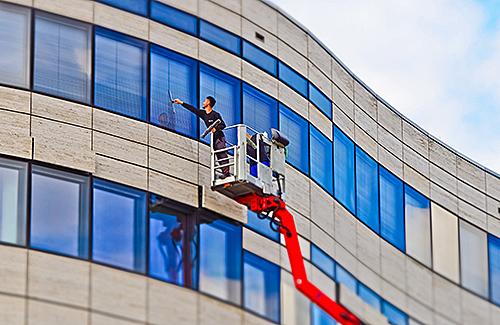Bedienerschulung: Bedienen von Hubarbeitsbühnen - Personen mit praktischen Vorkenntnissen